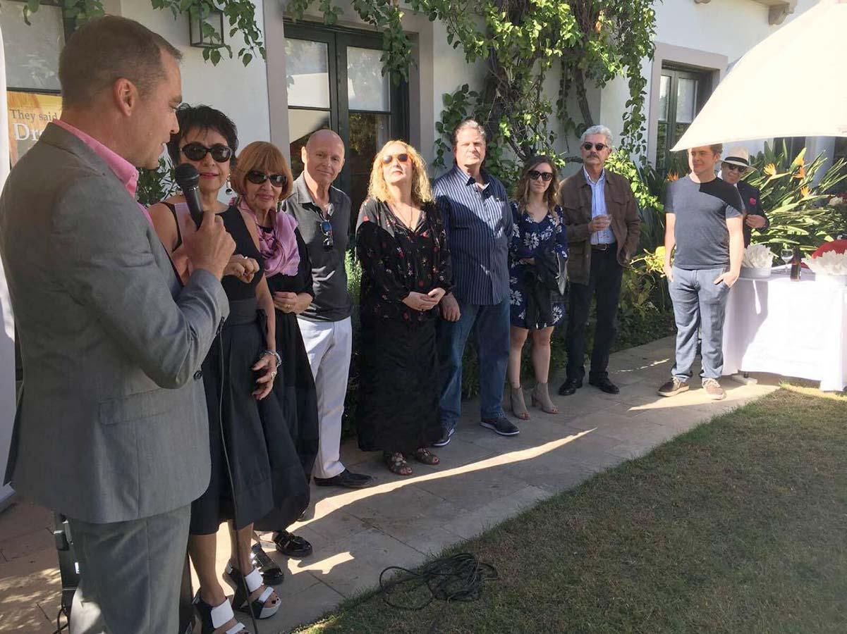Annonce du gagnant Meet Your Match lors du buffet au Consulat Général de Suisse à Los Angeles